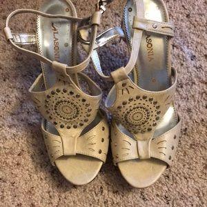 Other - Lasonia heels